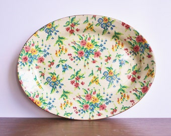 Vintage porcelain chintz plate, made in England, Royal WINTON