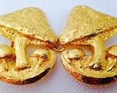Vintage Mimi de M 1973 Bright Gold Mushroom Belt Buckle, Whimsical