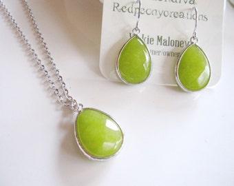 Green Jade Earrings, Jewelry Set, Minimalist Necklace, Silver Bezel Setting, Bold Simple Modern, Minimalist Jewelry, Everyday Casual