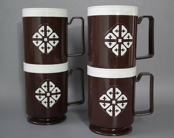 vintage   brown stacking plastic tea coffee cups