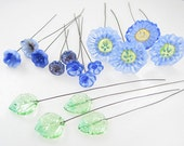 16 Handmade Glass Lampwork Flowers and Leaves on Wire   Blue Flower Garden
