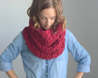 Chunky Hand Knit Scarf / Infinity Loop Circle Scarf / Snood ~ Cranberry ~ No. 1014