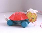 Vintage Fisher Price sleepy sue pull toy turtle 495