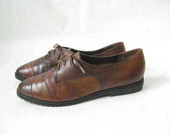 Vintage 80's brown Leather Lace Up Oxfords. Size 7 1/2