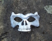 Wee Skull in White