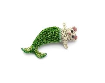 Mermaid mouse brooch - crochet wire jewelry, animal pin, small brooch, mouse pin, mermaid jewelry, miniature crochet, mini animal