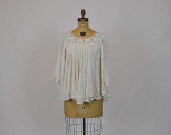 boho blouse / Bewitching Vintage 1970s Boho Gauze Crochet Angel Sleeve Blouse