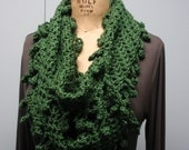 Crochet Infinity Scarf Fancy Bobble Edge Green