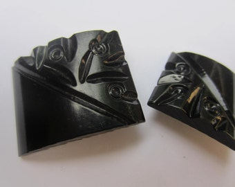 Vintage Buttons - lot of 2 matching black, large Bakelite  carved novelty toggles  (2 sizes) (oct 121)