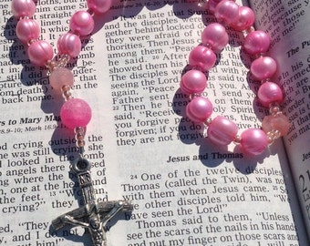 Christmas in July Pink Pearl Anglican Rosary  Protestant Prayer Beads