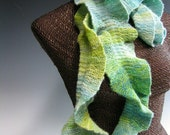 Knitted Ruffle Scarf: Kate