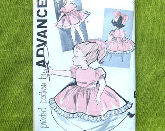 1960s Girls Party Dress and Petticoat Vintage Sewing Pattern / Advance 9532 // Size 1/2T, 1T or 2T // UNCUT FF