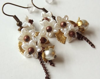 Lily - secret garden series - earrings with pearls and antique vintage flower parts