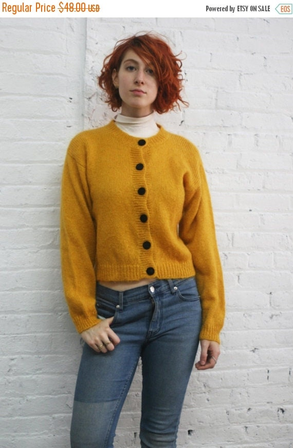 ON SALE // vintage 80s 90s cropped mustard yellow knit cardigan with black velvet buttons