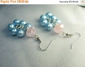 """Blue pink pearl earrings ... """"grape cluster"""" of blue glass pearls with pink glass rondelle bead earrings ... bubbly"""