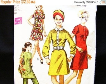 Sewing Pattern SALE Womens A line Dress or Tunic Top with High Waisted Pants 1960s Dress Pattern Misses size 12 Vintage Patterns