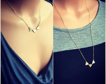 Three conected gold filled triangles necklace, triangle necklace, gold minimalistic necklace, 3 triangle