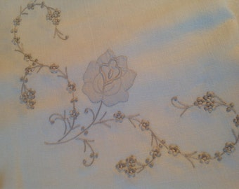 Vintage Linen Tablecloth and Set of 12 Napkins NOS Flowers Antique White Ecru