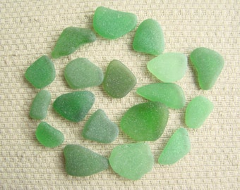 18 Charm and Earring Size Bright Green Seaglass Gems (1958) Emerald, Kelly Mediterranean Sea Glass, Beach Glass, Cute as a Button