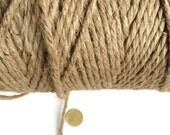 280 m ( 9.18 ft ) of thread of jute, 4 fold. Diameter 3.5 mm ( 8 ga)