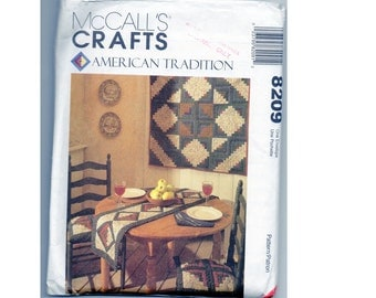 Quilt Pattern Log Cabin and Basket Block, Vintage Craft Sewing for Wall Hanging, Placemat, Table Runner, Apron, Seat Cushion McCall's 8209