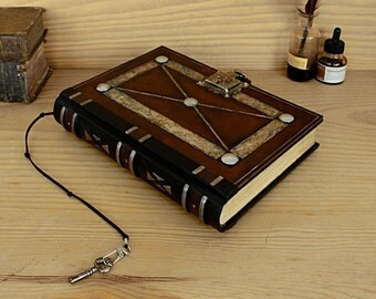 Dream Big. Vintage Leather Journal with Lock and Key