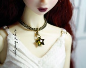 Olive Green star-shaped crystal necklace