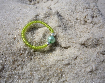 Lime Pearl Ring