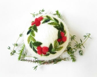 Christmas Ornament,Holly Branches,Needle felted Bauble,Felt Christmas ornament,Felted Bauble