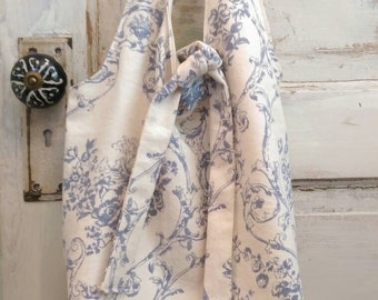 French Market Tote Blue Toile The Wild Raspberry