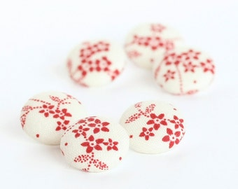 Fabric Buttons, Red Cherry Blossoms, 6 Small Burgundy Japanese Flowers, Fabric Covered Buttons, Red on Beige Fabric Button, Sewing Knitting