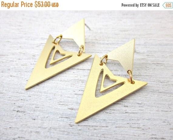 Sale 20% OFF Shilo Post Earrings in Gold
