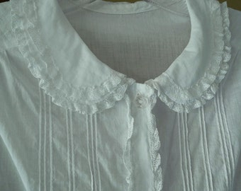 Vintage summer blouse, 1950s, 1960s, sleeveless, white light weight cotton, lace, size small