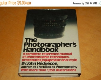 SALE....... The PHOTOGRAPHER'S Handbook - A Complete Reference Manual of Photographic Techniques, Procedures, Equipment and Style - 1,200 Il