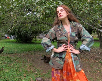 US Army CAMO Shirt Jacket Vintage USMC Stamped United States Marines Military Coat Green Camouflage Fatigues Grunge Punk Patched size Small