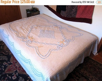Chenille Bedspread 1950s vintage blanket Cutter Fabric floral blue & white bed cover cottage quilt antique Full Double Queen blanket