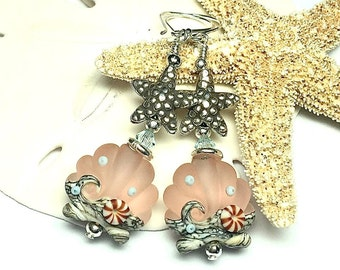 Seashell Earrings Ocean Earrings Shell Earrings Scallop Shell Earrings Lampwork Earrings Peach Earrings Beach Earrings Shell Earrings