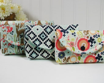 3 Piece Snap Pouch Set, Nesting Pouch Set (Large, Medium, Small) .. Woodland Spring in Aqua