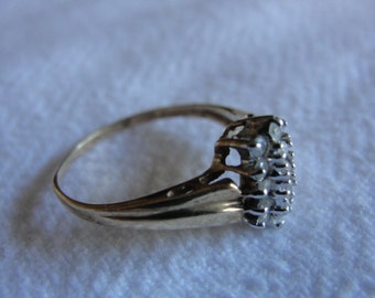 vintage 10k yellow gold and diamond ring size 6.25