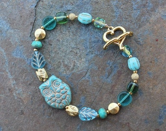 Gilded Owl Bracelet - Turquoise, Aqua Blue and Gold Washed Glass Beads - Heart shaped toggle clasp - Sizes XS - XL - Free Shipping USA