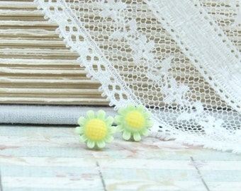 Green Daisy Studs Daisy Stud Earrings Light Green Earrings Surgical Steel Studs Green Flower Earrings