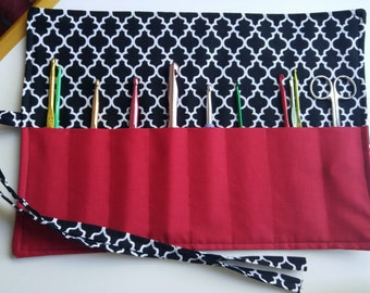 Crochet Needle Organizer / Makeup Organizer / Black & White Lattice Print / Sewing Tools Organizer