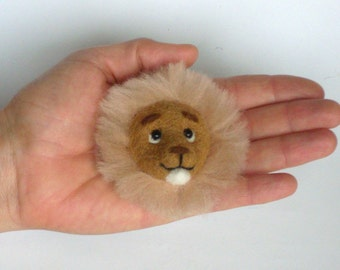 Needle Felted Lion Brooch, needle felted jewelry, yellow, sunny
