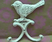 Bird Wall Hook Cast Iron Shabby Style Chic Distressed Creamy Off White Double Splay Wall Hooks for Jewelry Hat Coat Key Scarf Leash Hook