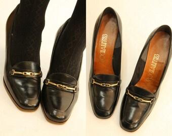 70s Shoes Horsebit Loafers 9  / 1970s Vintage Shoes / Embrunnais Pumps
