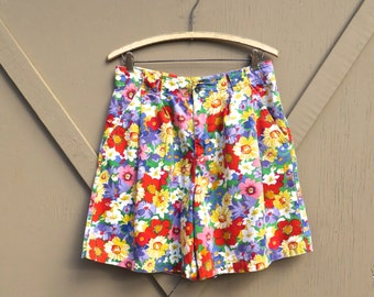 LizSport vintage Vibrant Colorful Floral Print High Waist Pleated Shorts