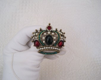 Weiss Crown Brooch Pendant Faux Emerald Ruby and Pearl Book Piece Large 2 Inches