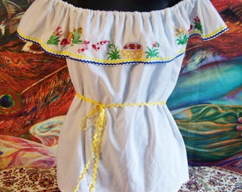 Mexican Blouse, Off shoulder Blouse, White Mexican Blouse, Costa rica, Peasant Top, Day of the dead, size S / M