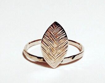 14K Gold Delicate Leaf Ring
