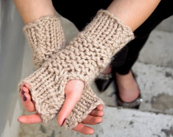 Thick Knit Fingerless Mittens - Easy PDF Pattern